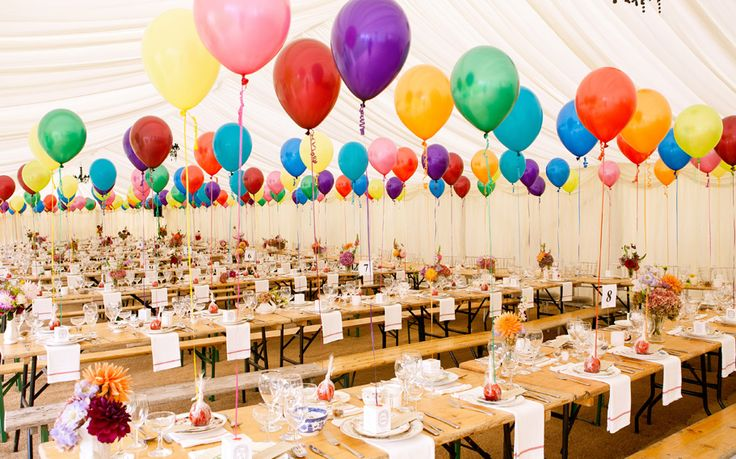 Tim Walker inspired vintage wedding with balloon place settings and vintage china by White Door Events