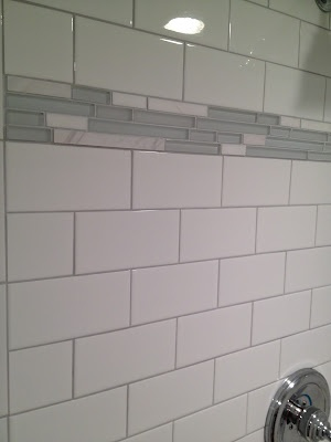 Silver Shadow Grout With White Subways Gwpositano