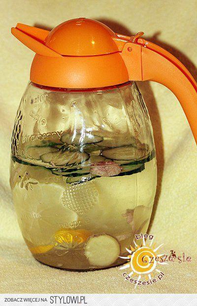 zrób sobie wodę Cynthii i chudnij :) po szczegóły kliknij w obrazek :)