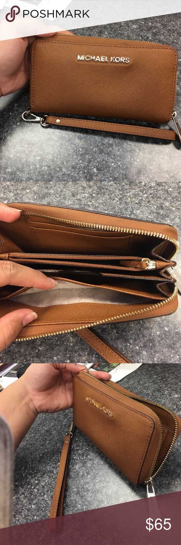 """Michael Kors """"Luggage Wristlet"""" Handy and pretty piece to have MICHAEL Michael Kors Bags Clutches & Wristlets"""