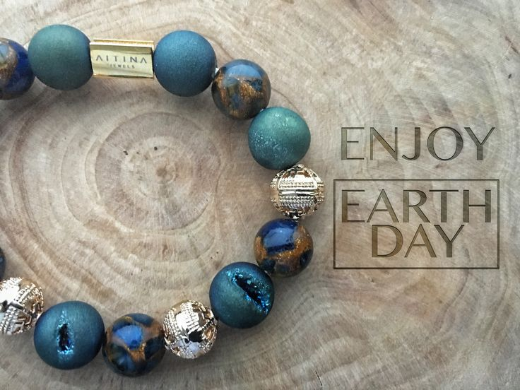 Happy earth day!  #earthday #motherearth #planetearth #grateful #gratitude #joy #happyearth #earth #earthgifts #trees #gifts #earthtreasure