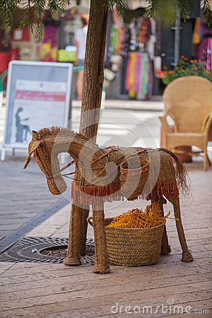 Download Straw Donkey. Stock Photos for free or as low as 7.25 руб.. New users enjoy 60% OFF. 21,024,276 high-resolution stock photos and vector illustrations. Image: 36921853