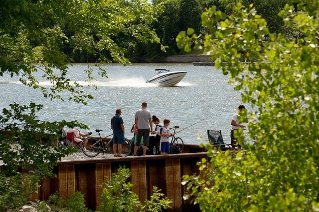 Ville riveraine, Otterburn Park offre un milieu de vie naturel et champêtre.