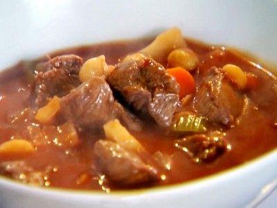 Gastronomía – Navarra: 'Calderete'.