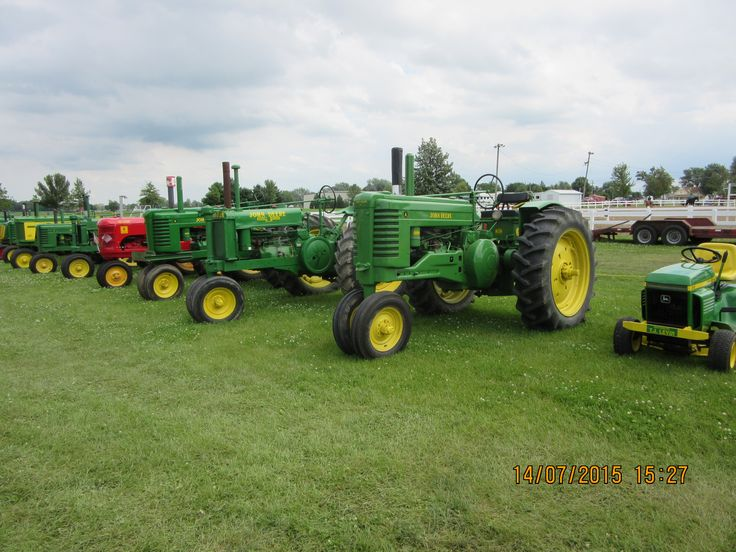 John Deere 212,Model A,Model Gs,Model A,MOdel B,720 at Carroll County Fair