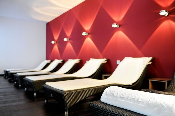 Hotel The Crystal | Design Hotel | Austria | http://lifestylehotels.net/en/hotel-the-crystal | spa, wellness, lounger, relaxing