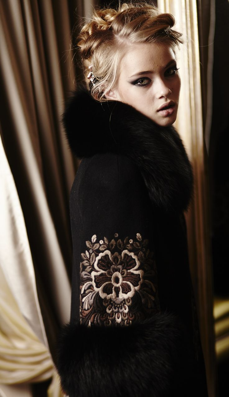 IRYNA DIL - украинский дизайнер одежды Ирина Диль