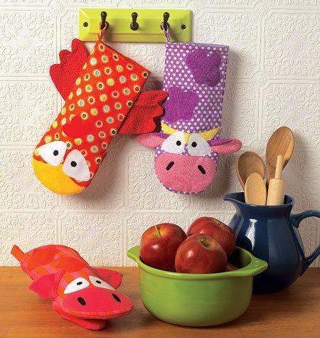 Sewing Pattern - Ellie Mae Designs Craft Pattern, Chicken Oven Mitt, Cow Oven Mitt and Pig Oven Mitt Pattern Kwik Sew #K0188