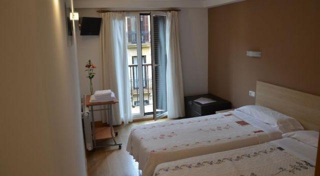 Pension Joakina - 1 Star #Guesthouses - $46 - #Hotels #Spain #SanSebastian http://www.justigo.biz/hotels/spain/san-sebastian/pension-joakina_14034.html