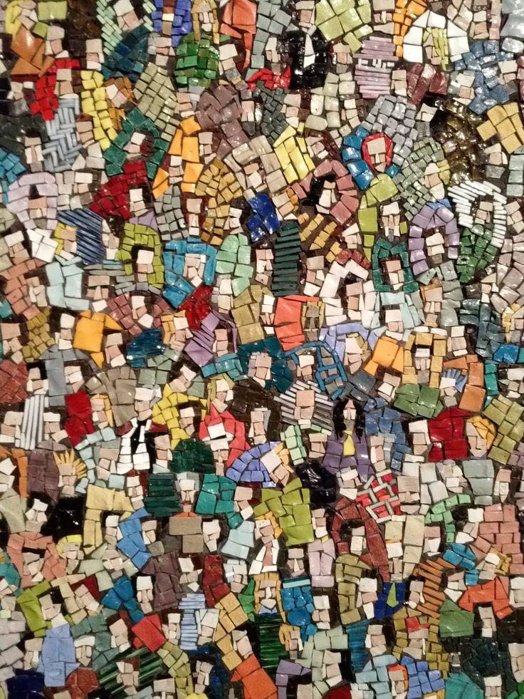 """Folla di Luca Barberini, 2009, presentato in occasione di """"Ravenna Mosaico"""" edizione 2009"""