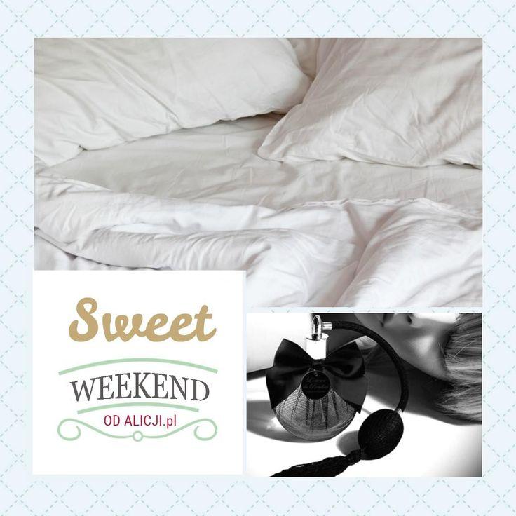 Perfumy buduarowe L'essence De Boudoir Bijoux Indiscrets to zmysłowe perfumy do sypialni i pościeli. Zapewniają wyjątkowo namiętną atmosferę i... libido na najwyższym poziomie, bo użyte w nich nuty zapachowe są skutecznymi afrodyzjakami.  #prezent #zapach #flakon #zapachkobiety #inspiracje #dlaNiej #dla Niego #prezentnarocznicę #striptiz #wieczórpanieński #pomysłnarandkę #odAlicji #namiętnybutik
