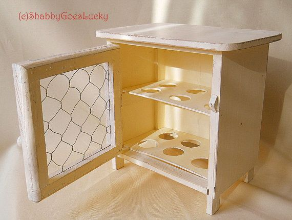 Countertop Egg Holder : ... eggs with chicken wire door, distressed shabby vintage egg holder, fit