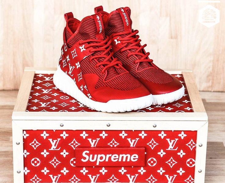 Supreme x Louis Vuitton x Adidas Tubular X - @adifans_taiwan (1) https://twitter.com/ShoesEgminfmn/status/895096695293329409