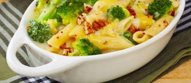 Pasta Met Broccoli En Kruidenkaas recept | Smulweb.nl