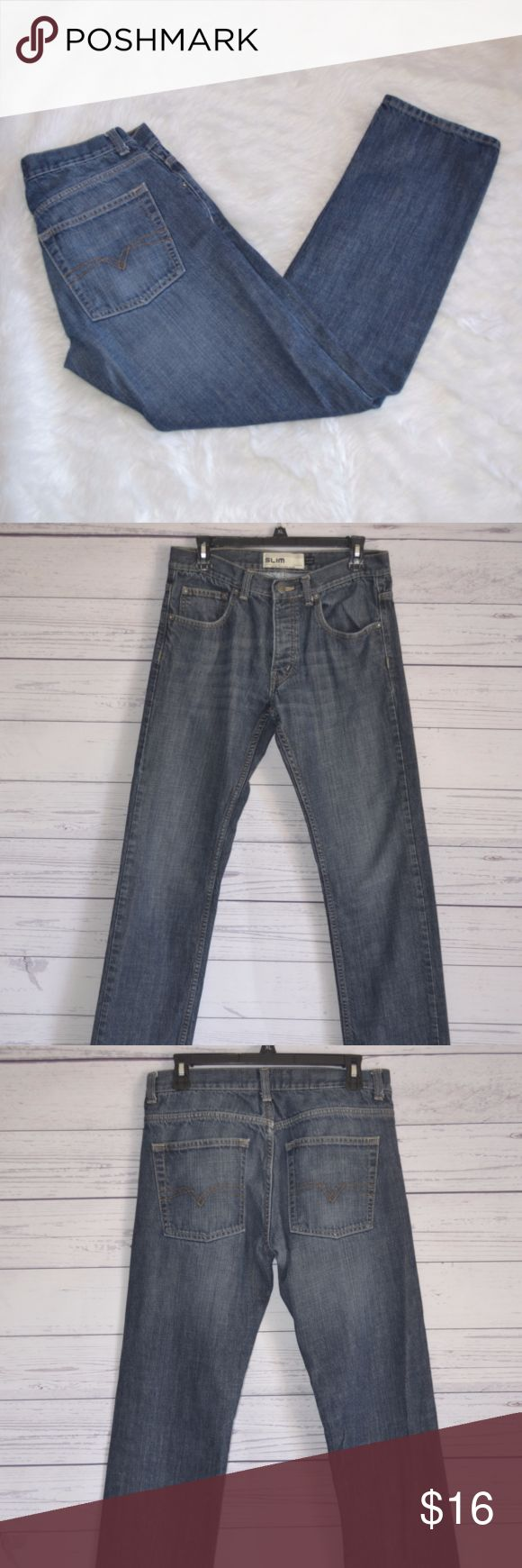 "Topman Mens Blue Jean Denim Pants Size 32 Regular Brand: Topman Condition: Good condition Color: Blue Materials: 100% Cotton Origin: India Size: 32R Features: Slim to fit   Measurements: Waist (laid flat & doubled): 32 Rise: 9.25"" Hips: 22.5"" Thigh: 10"" Outseam (waist to hem): 40"" Inseam: 31 Leg Opening: 7.5""  *Measurements are all approximate. Topman Jeans Straight"