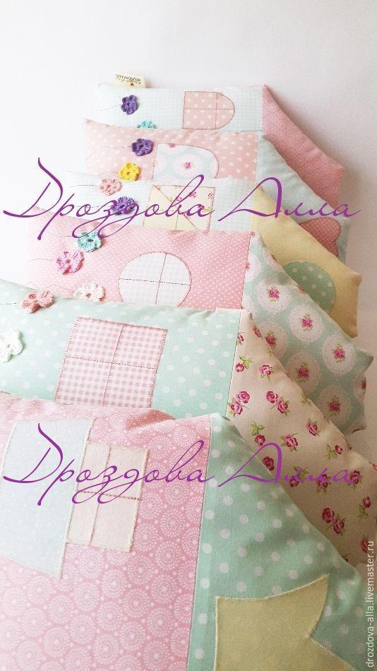 """Купить Бортики в кроватку """" Цветущие домики"""") - мятный, нежно-розовый, нежно-мятный"""
