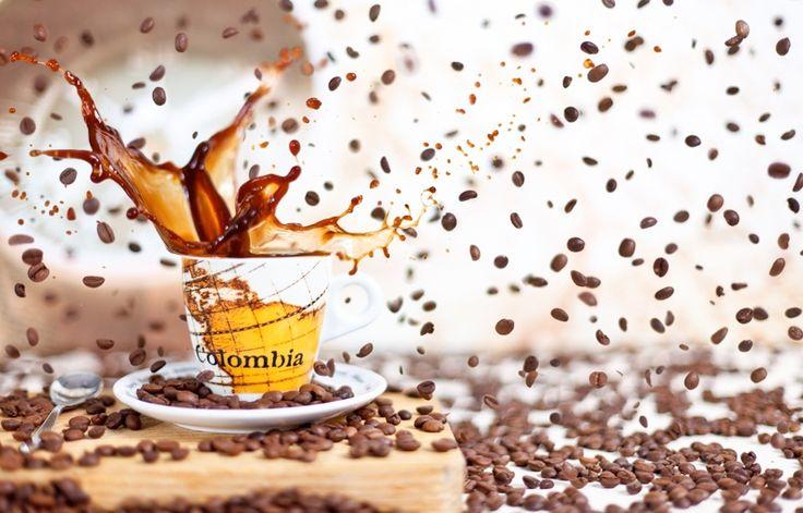 Colombia coffee splash - Nuevo splash mixto con granos de café. Iluminación artificial mediante Flashes.  Para más información www.thenewframe.com/Blog/?p=489
