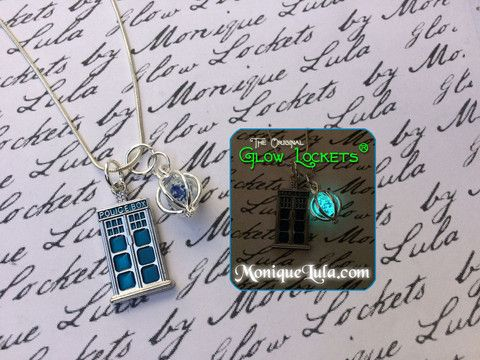 Glowies net   Tardis Glowing Orb Necklace with Free UV Light Charger