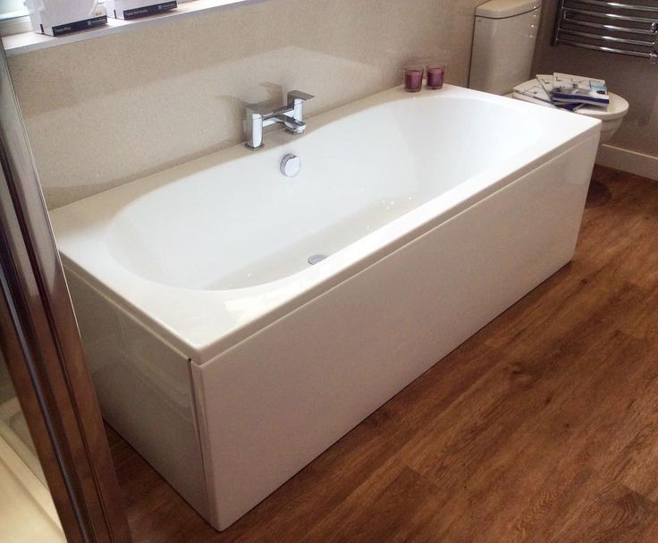 Bathroom Showrooms Uxbridge double ended bath hakkında pinterest'teki en iyi 10+ fikir   büyük