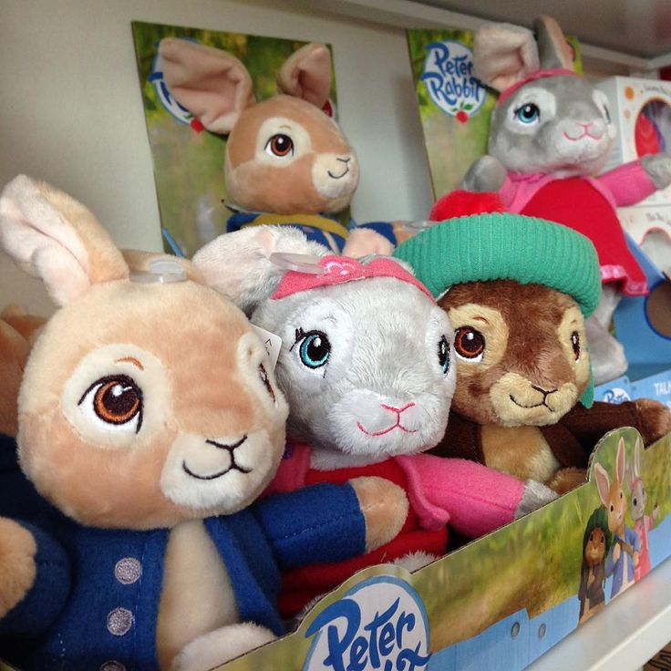 Meet the new Peter Rabbit plush range 💞 As they are suitable from birth, they make great baby gifts 🎁  #peterrabbit #babygift #plushtoy