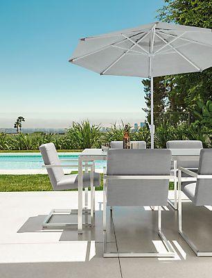 Finn Chair. Modern Outdoor Dining ...