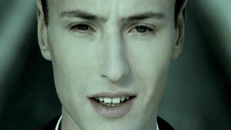 "Vitas - Star (Витас ""Звезда"") Lyrics./  So many times I asked myself. Why was born into the world, I grew up . Why are floating clouds and rains. In this world nothing wait for yourself . I would fly to the clouds - I have no wings. Beckons me from afar the starlight. But the not easy, though the goal is close. And I do not know enough power to throw.  I'll wait a little bit more. And then prepare myself for the journey. I dream and hope, Do not burn out my star, wait me."