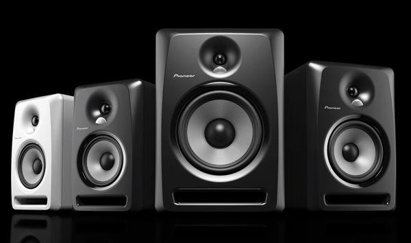 """Cosa indicano la potenza nominale, di picco e musicale? Il Watt PMPO  Molti produttori di diffusori per PC e home theater, utilizzanocome unità di potenza il Watt PMPO (Peak Momentary Power Output) e vuol dire """"potenza di uscita dipicco mome #potenzanominale #wattrms"""