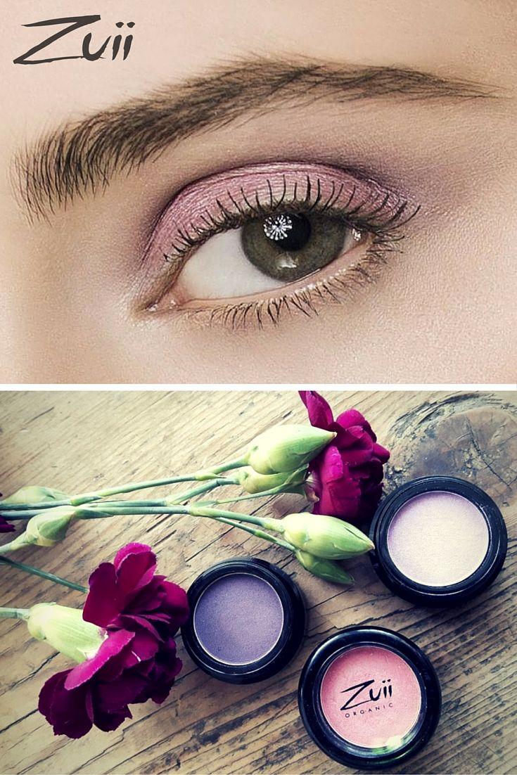Makijaż oka SUMMER LOOK: cienie do powiek: Vanilla Frost, Raspberry & Cranberry.
