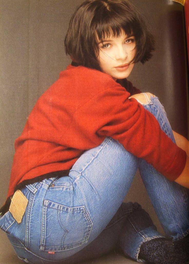 Juliette Binoche, Elle Magazine, 1986