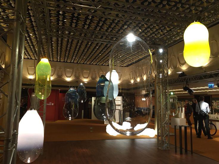 Balloon lamps. Alex de Witte.