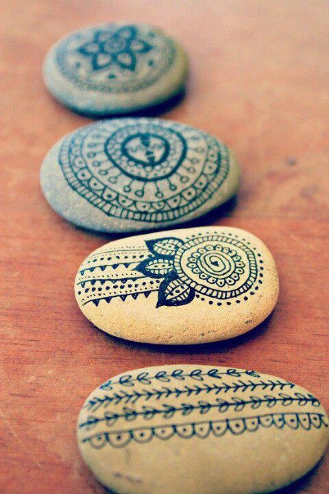 Zentangle & Mandala painted rocks.  Great idea, add to a Zen garden.