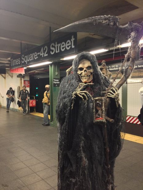 Grim Reaper costume-Wow! This is incredible!