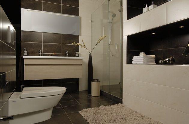 BADKAMER - De mooiste badkamers, van klein tot groot. Indien gewenst naar eigen ontwerp en anders helpen wij u.