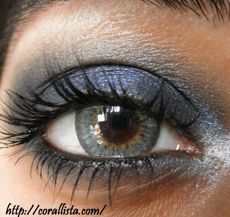 Smokey blue with Sleek Makeup Bad Girl Palette
