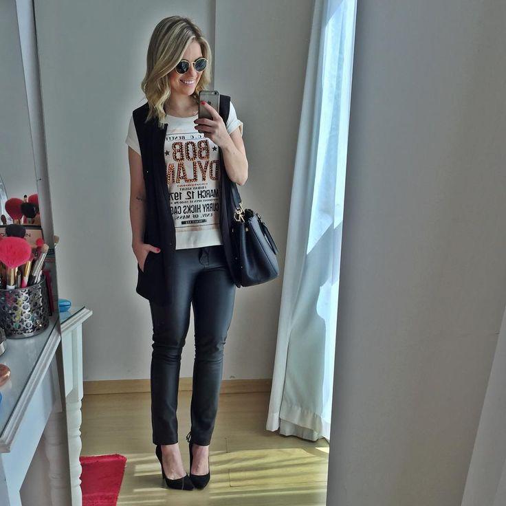 """""""Look de trabalho de hj com camiseta bordada @lindademorrer e maxi colete @loft747 tudo da coleção de verão da @blogdstore #lookdaraisa #lookdstore"""""""