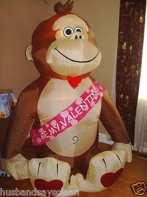 GEMMY AIRBLOWN INFLATABLE VALENTINE APE MONKEY GORILLA LIGHTED YARD DECOR 6  FT
