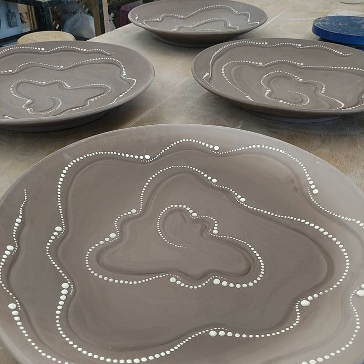 "99 Likes, 7 Comments - Alysha Baier (@baierpottery) on Instagram: ""#platters #inproduction lots of dots... #honeoyepottery"""