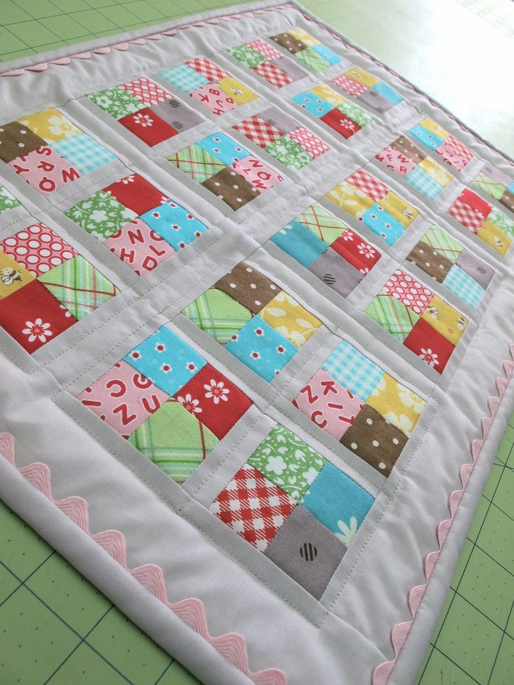 A New Quilt for Dolly...Tutorial!