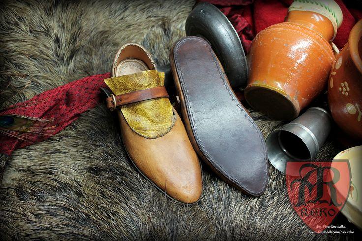 Handmade leather shoes 15th century www.facebook.com/pkk.reko