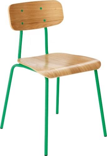 Hester spisestol. Fåes i flere farger. Dimensjoner: L43.5 x H78.5 x D45 cm. Kr. 1385,-