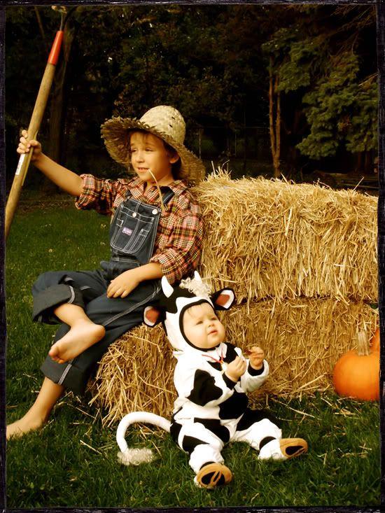 It's the Modern Kiddo Costume Parade! | Modern Kiddo