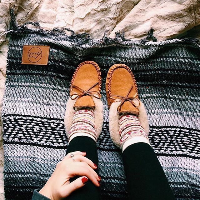 Snowy days call for cozy slippers. : @brittneygarber #myminnetonka #regram #slippers