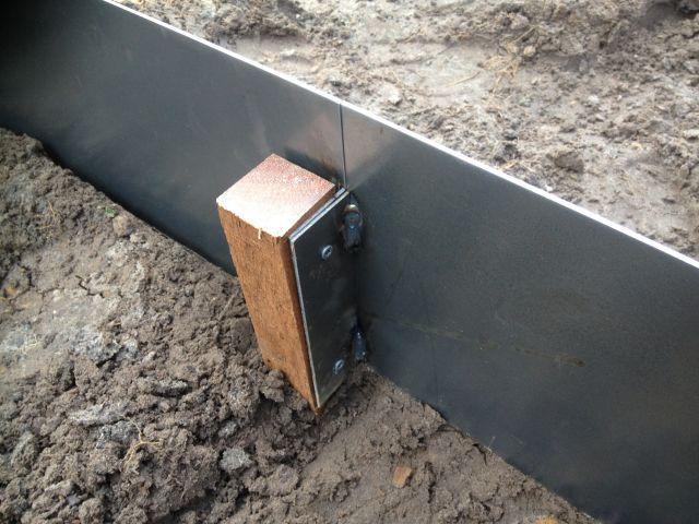 Cortenstaal kantopsluiting bevestiging (Steel Garden)