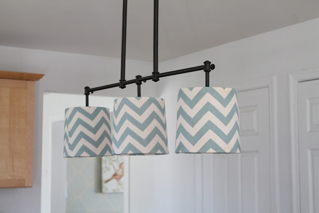 Welcome to the Mouse House: Chevron Kitchen Lamp Shade Redo: DIY