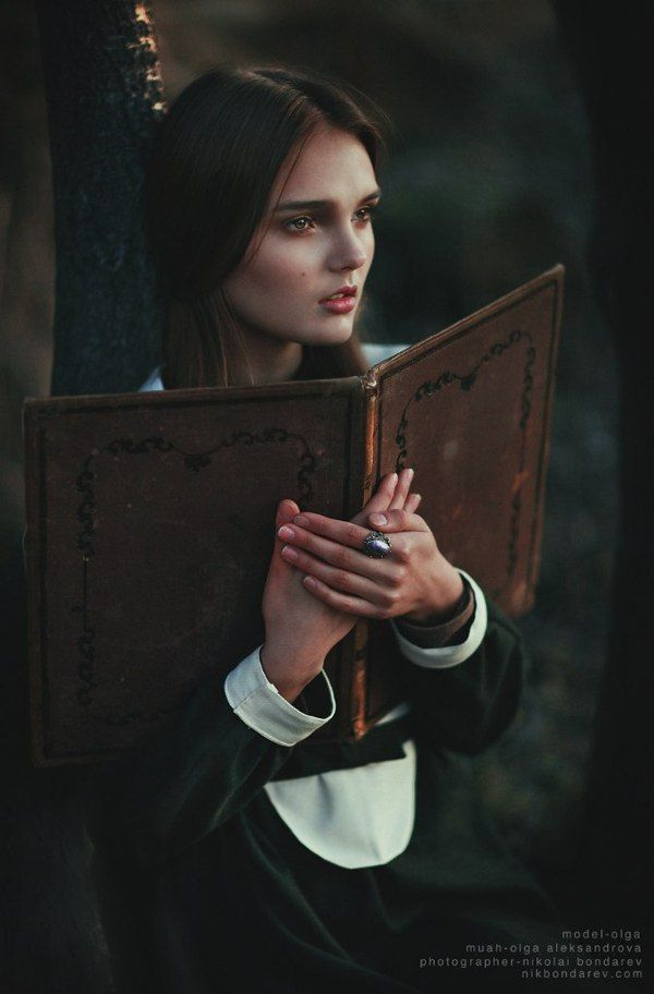 Witch of Salem by Nikolai Bondarev, via Behance