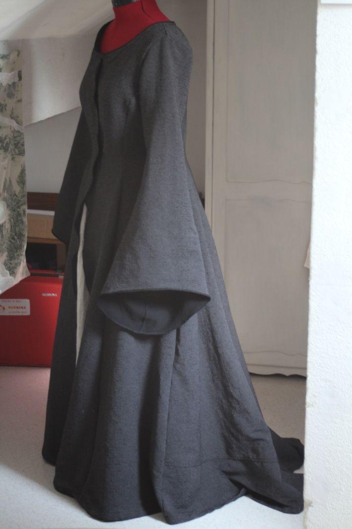 Robe Lady Coeur-de-Pierre / Lady Stone-Heart dress