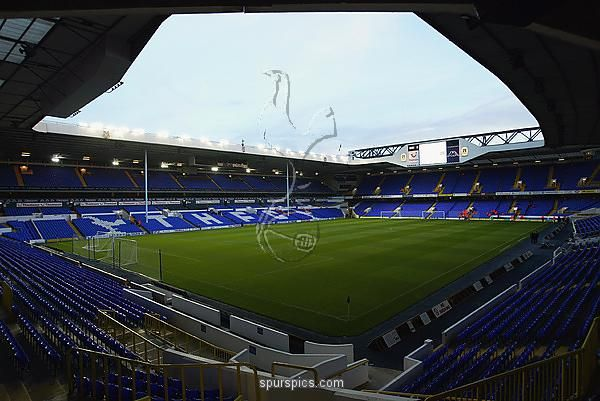 LONDON - OCTOBER 17: A general view of inside the stadium before the Tottenham Hotspur Tribute match between Tottenham Hotspur and D.C. United at White Hart Lane in London on October 17, 2002. (Photo By Phil Cole/Getty Images)