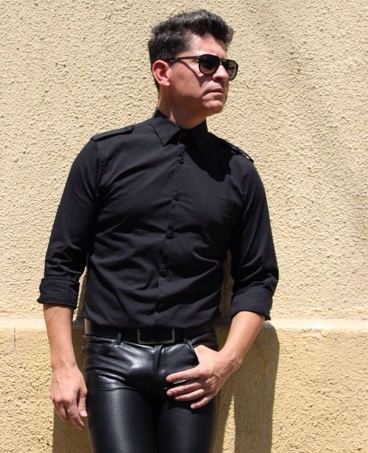 My handsome stylish friend @antonio_canelo1974 in Chile, looking perfect in black cotton shirt and black leather pants. Superb! #OOTD #instastyle #instaleather #mensstyle #menswear #mensfashion #mensfashionpost #leather #blackleather #leatherpants #leathertrousers #style #fashion #suave #handsome #stylish #vogue #guapo #mode