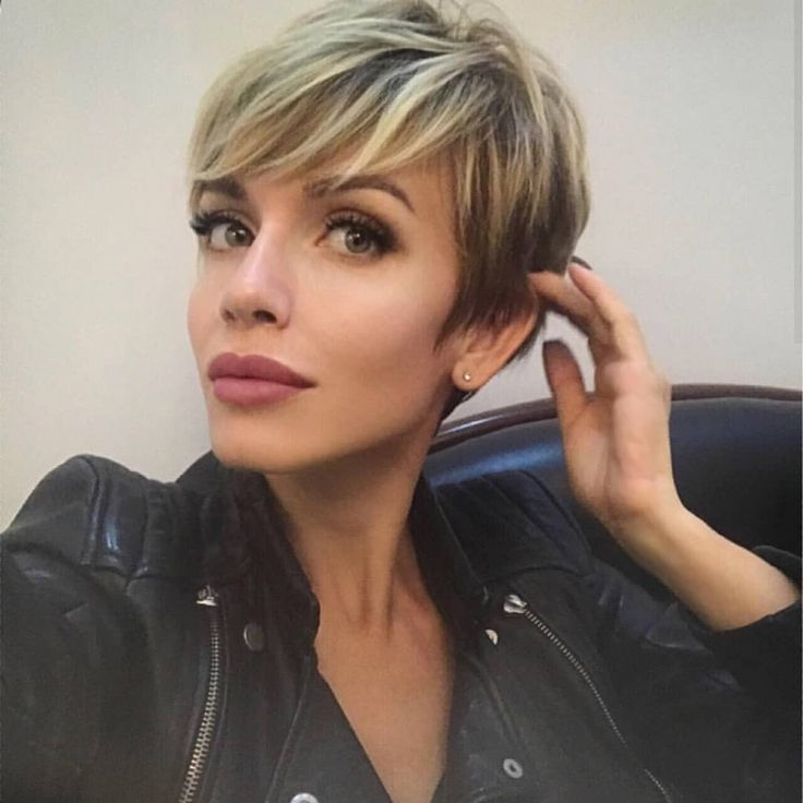 Here S A Very Nice Pixie Selfie From The Lovely Tatiana