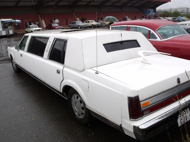 1988 lincoln town car limousine in 2021 lincoln town car